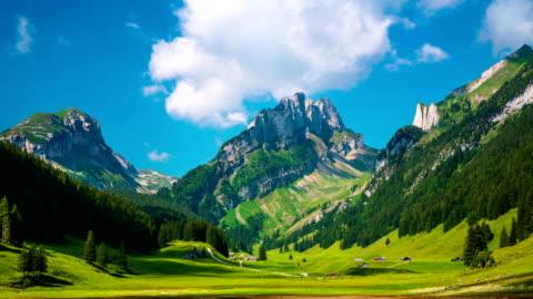 die alpen - alpen stock-videos und b-roll-filmmaterial