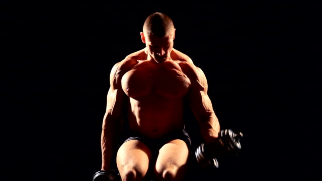 the athlete bodybuilder muscle shakes video