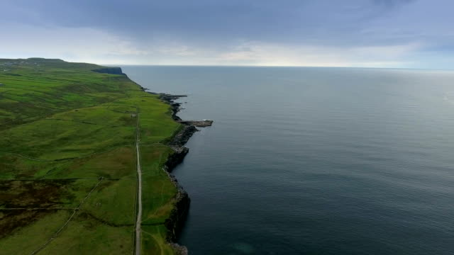 The beautiful sea fronting the Cliff of Moher video