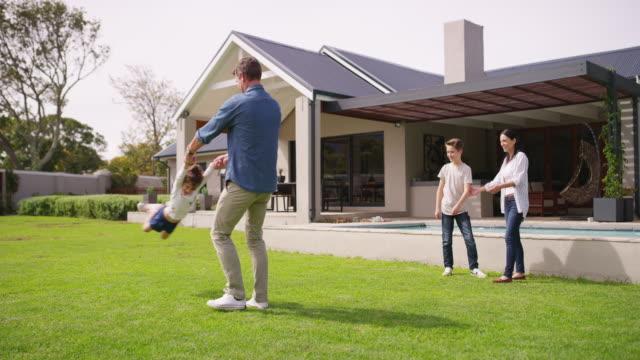 stockvideo's en b-roll-footage met de beste dagen zijn gevuld met spelen - garden house