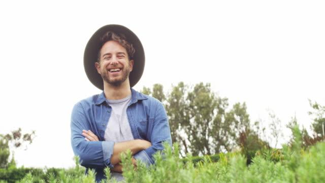 der beste farmer bei weitem - urban gardening stock-videos und b-roll-filmmaterial