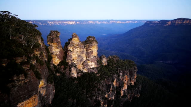 the blue mountains near sydney, australia - mitologia video stock e b–roll