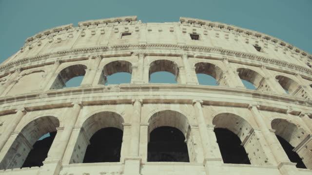 Das Kolosseum von Rom im Morgengrauen – Video