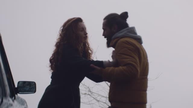 vídeos y material grabado en eventos de stock de la par que defendiese juntos estadías juntos - casados