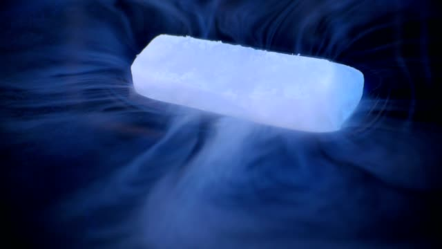 The Dry Ice Dissolves  in Water video