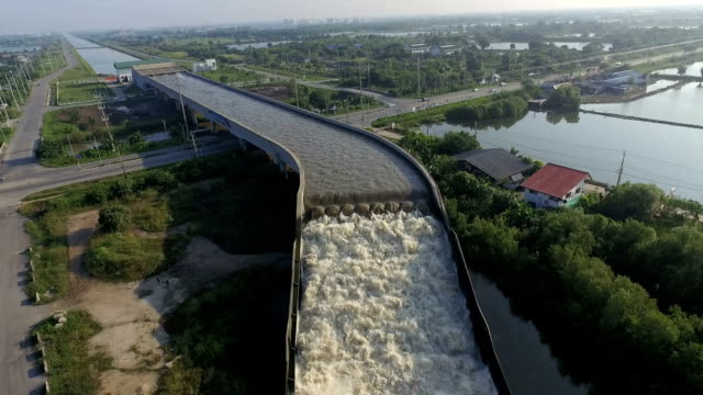 The first water bridge in Thailand. video