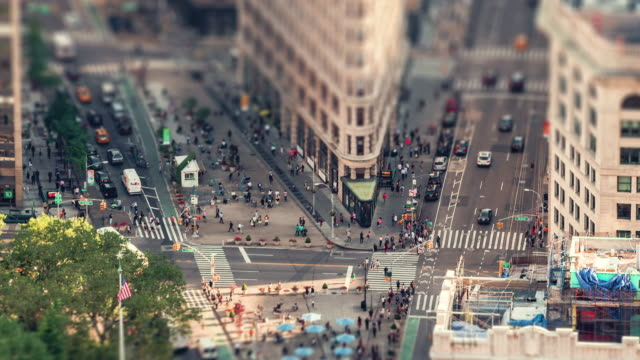 das flatiron building | new york city - stadtviertel stock-videos und b-roll-filmmaterial