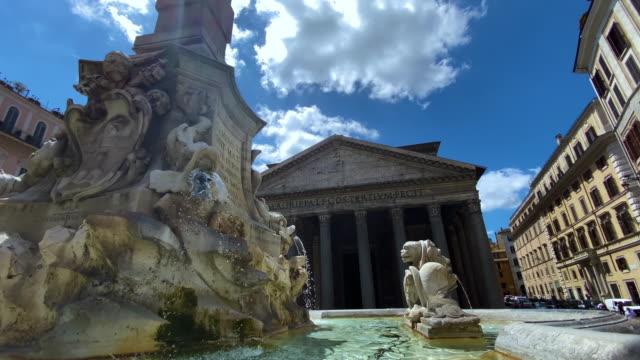 fontänen i pantheon på piazza della rotonda i rom med pantheon i bakgrunden - fornhistorisk tid bildbanksvideor och videomaterial från bakom kulisserna