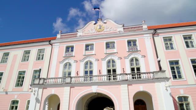 the golden seal on top of the toompea building in tallinn estonia - estonia video stock e b–roll