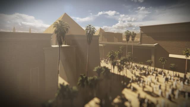 de stora pyramiderna i giza med tempel och egiptians promenader, kairo egypten - egyptisk kultur bildbanksvideor och videomaterial från bakom kulisserna