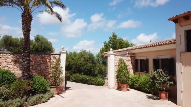 the house in mallorca, spain - вилла стоковые видео и кадры b-roll