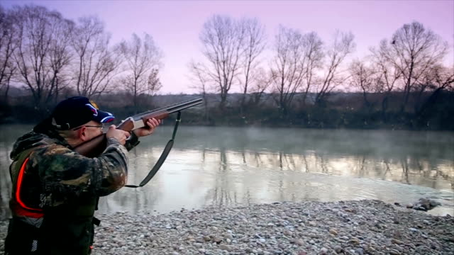 The hunter shoots into the target video
