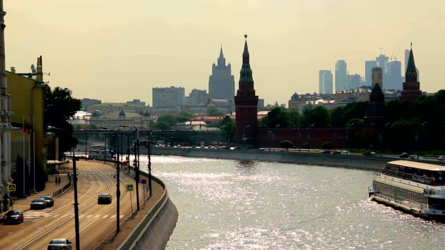 The Kremlin embankment in Moscow. video