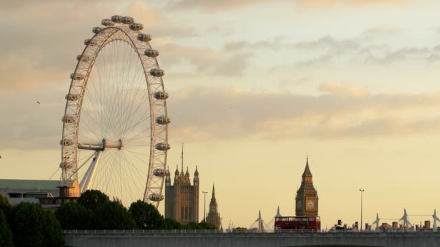 The London Eye and Big Ben seen at sunset
