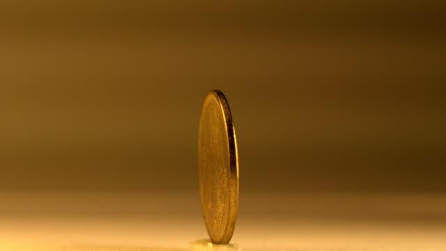 der macao-pataca - amerikanische geldmünze stock-videos und b-roll-filmmaterial