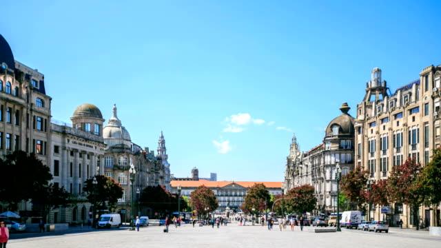 VDO : the main square in Porto,Portugal.