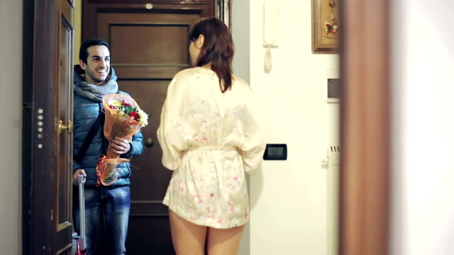 The man returns home to surprise, but his girlfriend is with a man video