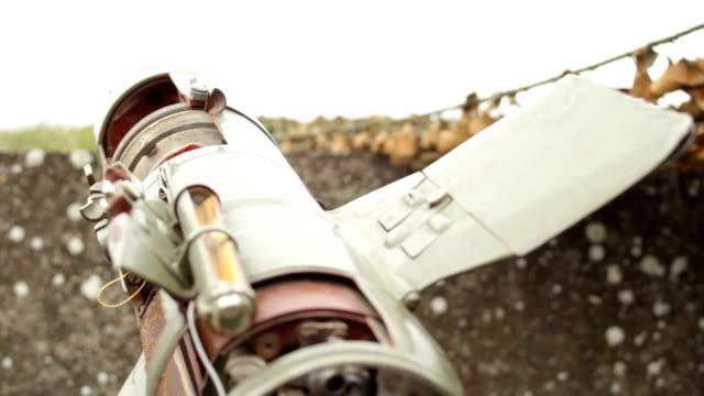 vídeos y material grabado en eventos de stock de la granada militar propulsada por cohetes - brigada