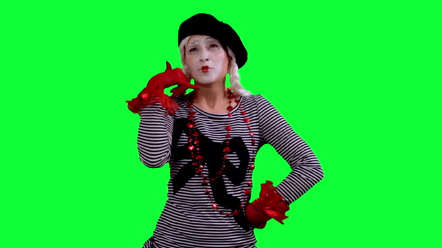El artista de mímica conversaciones por teléfono celular invisible - vídeo
