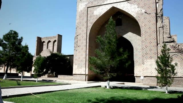 The mosque Bibi-Khanym Mosque Bibi-Xonum machiti Khanom Hanum Chanym Hanim is one of the most important monuments of Samarkand.Uzbekistan video
