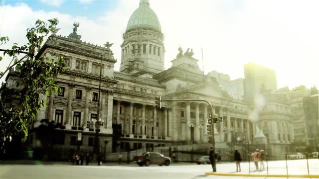 buenos aires, arjantin'deki ulusal kongre. - cumhuriyet günü stok videoları ve detay görüntü çekimi