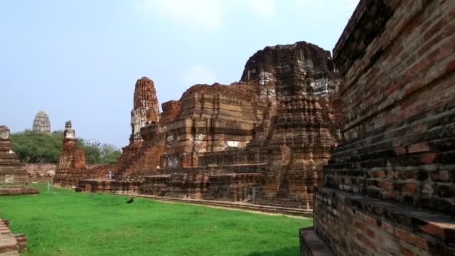 The old Buddhist temple of Wat Mahathat - Thailand The old Buddhist temple of Wat Mahathat, Sukhothai, UNESCO World Heritage Site, Thailand, Asia - 21st of January 2020 sukhothai stock videos & royalty-free footage