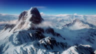 istock The perfect mountain aerial shot 181013019
