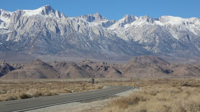 The road and Sierra Nevada
