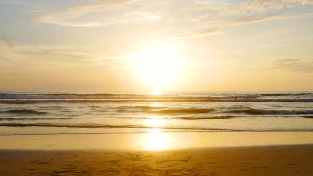 大海, 太陽, 天空的秘密 - sicily 個影片檔及 b 捲影像