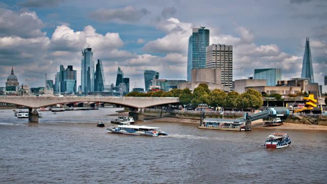 Die Scherbe. Blackfriars Bridge. St. Paul es Cathedral. London. silhouette – Video