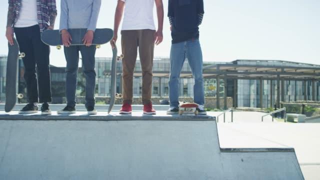 skate parken känns som hemma - skatepark bildbanksvideor och videomaterial från bakom kulisserna