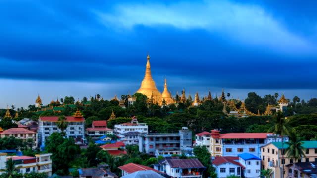 The Storm Formation Above Shwedagon Golden Pagoda Of Yangon, Myanmar video