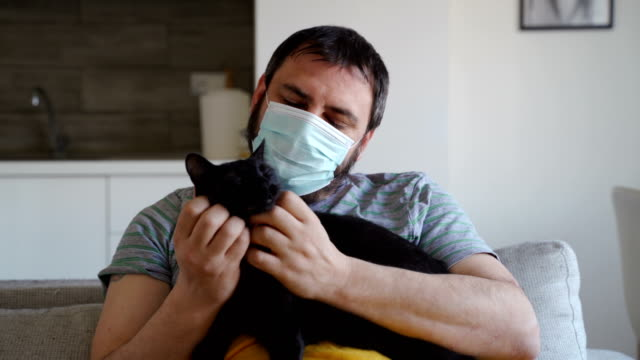 Video the support and love of our pets in corona virus pandemic-stay at home