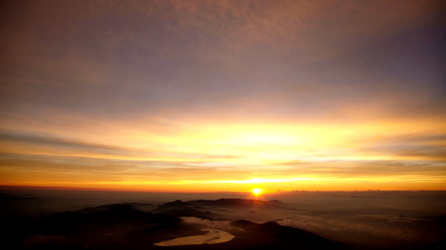 the timelapse of the sunrise - video