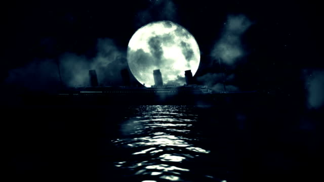 titanic skeppet segling i havet på en fullmåne natten - 1900 talet bildbanksvideor och videomaterial från bakom kulisserna