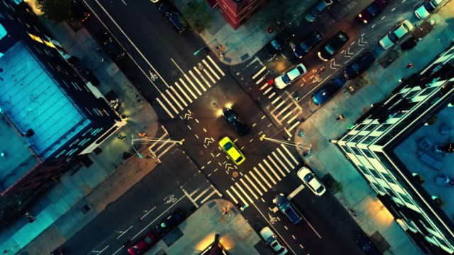 the top directly above night view of the intersection in the city - brooklyn, new york - new york architecture stock videos & royalty-free footage