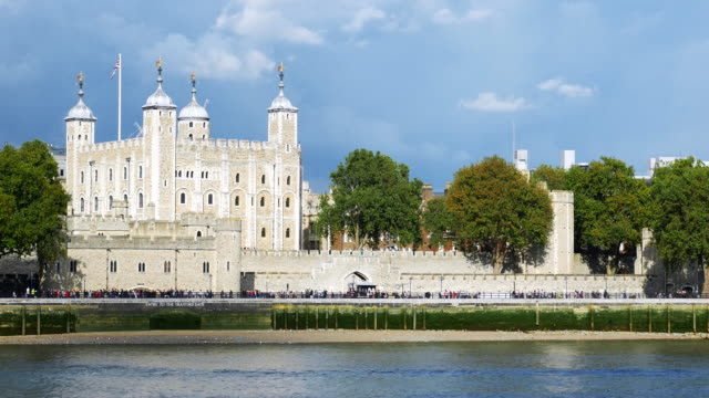 the tower of london - london architecture stock videos & royalty-free footage
