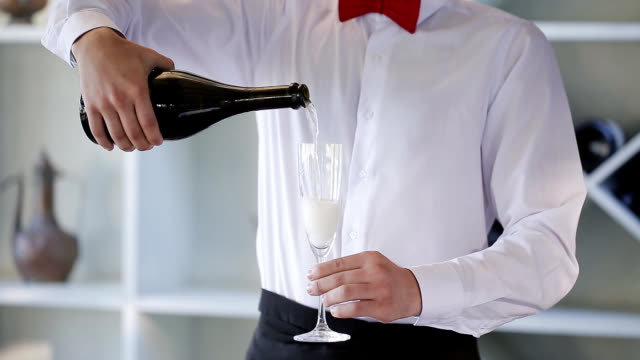 The waiter spills the champagne. video