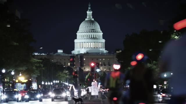 the white house time-lapse at night. - white house стоковые видео и кадры b-roll