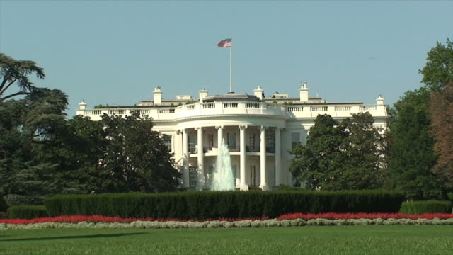 stockvideo's en b-roll-footage met the white house - white house