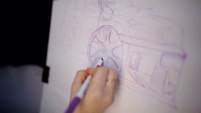 女性は車で素材にマーカー - 図画点の映像素材/bロール