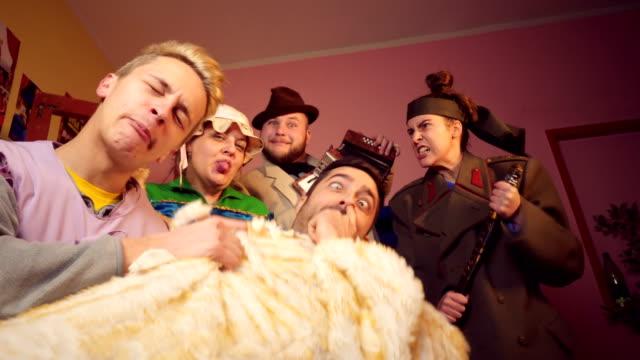 stockvideo's en b-roll-footage met theater artiesten - acteur