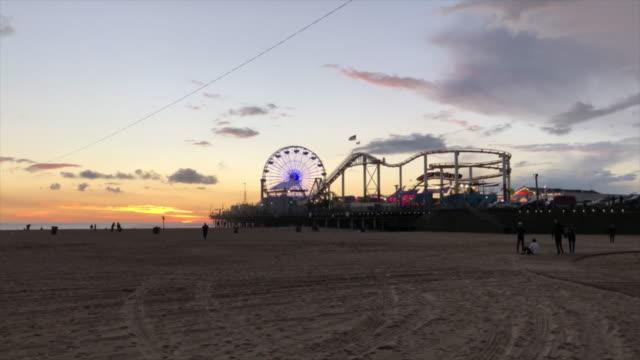 Themapark en Santa Monica Beach video