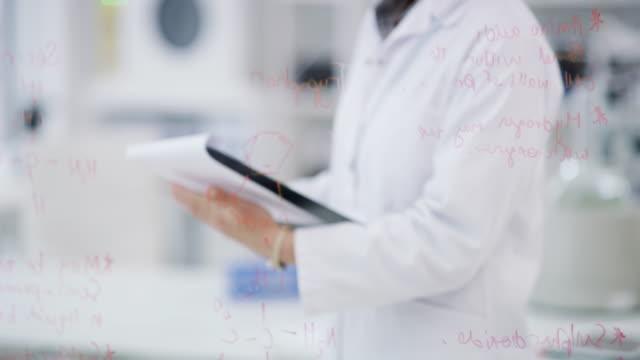 vidéos et rushes de il n'y a pas de mystère médical qui ne peut pas être résolu - bloc note
