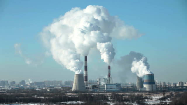thermal power station - centrale termoelettrica video stock e b–roll