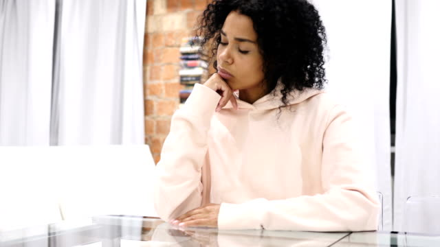 Thinking, Brainstorming Sad Young Afro-American Woman, Portrait video