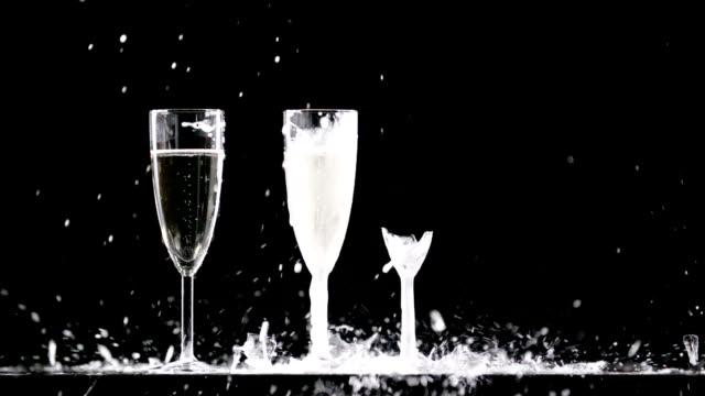 drei champagner-gläser - weinglas stock-videos und b-roll-filmmaterial