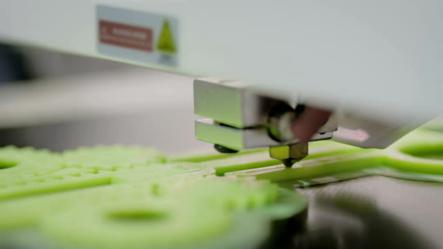 Three dimensional printing machine prints physical 3D model