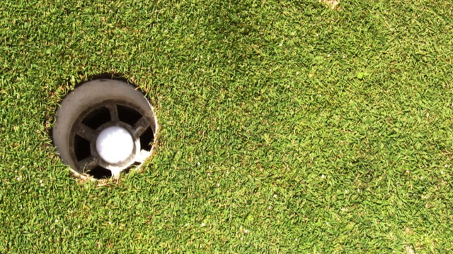 Three Golf Putts video