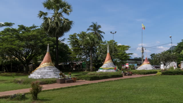 Three Pagodas Pass, border between Thailand and Myanmar at Sangkhlaburi, Kanchanaburi province; zoom out - Time Lapse